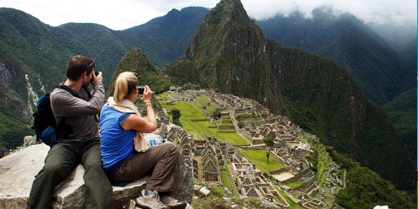 Turistas Machu Picchu
