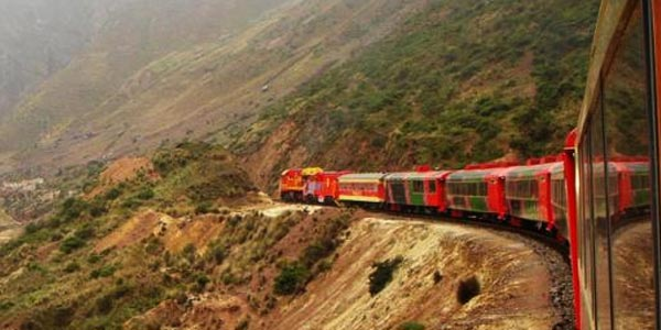 Tren a Huancayo