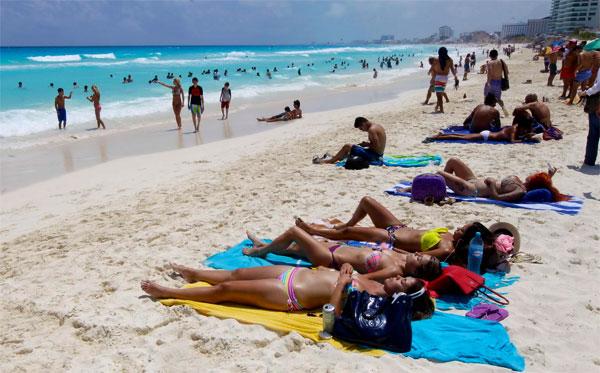 Turistas peruanos en México