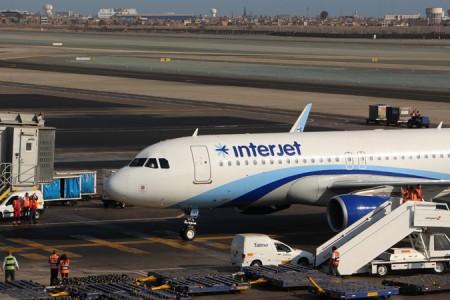 Llega el primer vuelo de Interjet de México a Perú