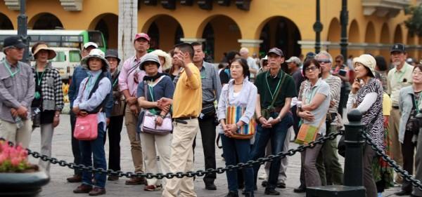 Eliminan Visa de turismo y negocios para ciudadanos chinos