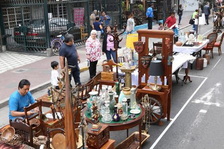 Miraflores: Feria de antigüedades todos los domingos