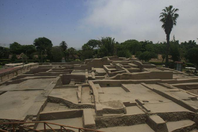 Arqueólogos realizan visitas guiadas a tres huacas del Parque de las Leyendas
