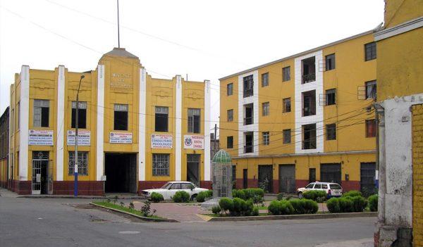 Plazuela y Mercado del Baratillo en el Rímac