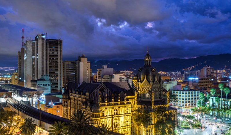 Viajar de Lima a Medellín durante la Copa América 2020