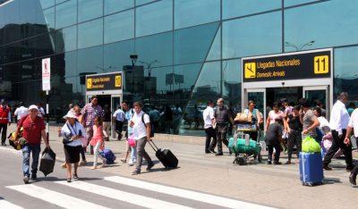 Aeropuerto de Lima cerrado por Estado de Emergencia