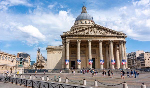 Panteón de París, tumba de la científica Marie Curie.