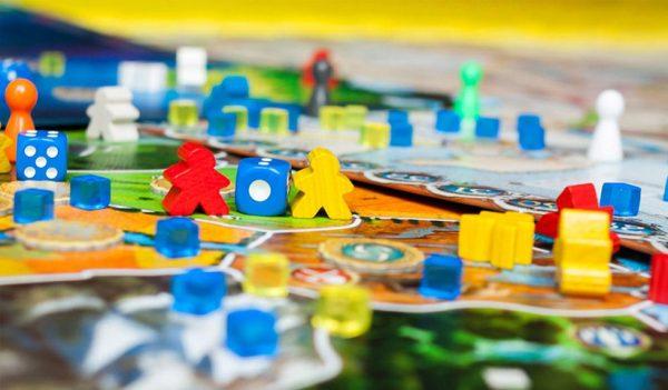 Los mejores juegos para viajar por el mundo sin salir de casa