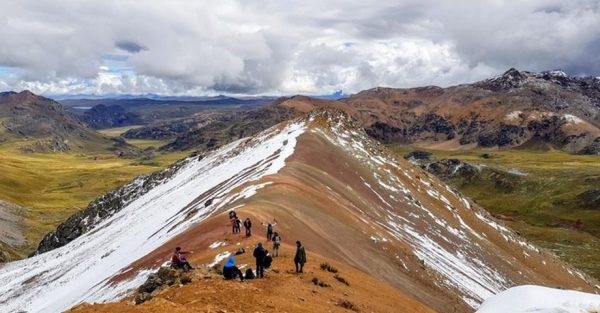 Cómo llegar a la montaña Yuracochas en Lima