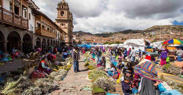 Feria de Santurantikuy de Cusco