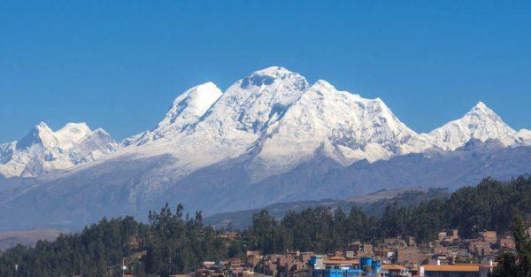 Huaraz destino para viajes sostenibles en Perú